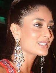 Long Chandelier Earrings Dangle Earrings Kareena Kapoor Wearing A Beautiful Long Chandelier Earring