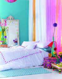 teal wall color and white bed sheet for enchanting teen bedroom