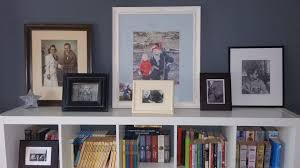 how to create a gallery wall without ever hammering a nail uk yankee