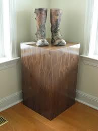 pedestal finishes wood vs laminate pedestal source real walnut veneer pedestal