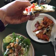 round table pizza folsom blvd round table pizza order food online 34 photos 53 reviews