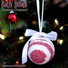 bath bomb ornaments with inside