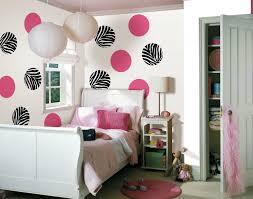mädchen schlafzimmer coole deko idee mit punktmotiv fürs mädchen schlafzimmer freshouse