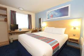 Travelodge London Battersea Hotel London Cheap Internet Rates - Travelodge london family room