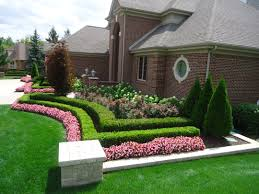 Landscaping Ideas For The Backyard Front Yard House Front Yard Design Pictures