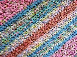 Crochet A Rag Rug Nifty Thrifty Bits How To Make A Rag Rug