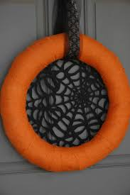 Wreath Halloween Spooky And Chic Halloween Wreath Design Ideas