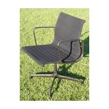 fauteuil bureau eames fauteuil de bureau gris eames groupe alu d occasion vintage design