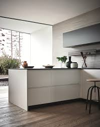 maxima 2 2 wears two new finishes sophisticated surfaces for cesar