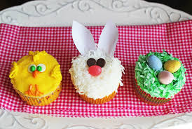 Cute Easter Cake Decorations by Cute Easter Cupcakes