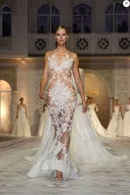 robe de mariã e espagnole karolina kurkova défile pour pronovias la maison de couture