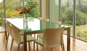 glass table seating capacity