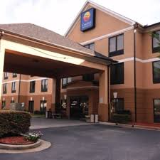 comfort inn u0026 suites peachtree corners now 82 was 9 8