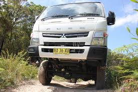 mitsubishi fuso canter fg 4wd truck review