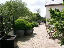 decoration terrasse exterieure moderne conseils et astuces pour une terrasse déco et design travaux com