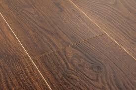 Laminate Flooring Pros And Cons Laminate Flooring Laminate Flooring Pros And Cons