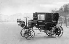 first mercedes 1900 1895 1899 daimler motor kutsche 1 jpg 689 x 800 73 daimler