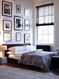 cadre pour chambre adulte déco chambre adulte blanche et noir murs blancs chambres