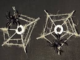 Easy To Make Halloween Decorations Diy Halloween Decorations 19 Easy Inexpensive Ideas Reader U0027s