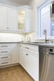 renovation cuisine laval laque vert nacré et blanc nacré juls design laquage
