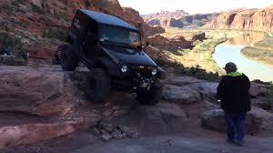 jeep safari 2015 moab 2015 easter jeep safari day 1 moab rim trail youtube