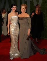 Anne Hathaway Vanity Fair Anne Hathaway And Meryl Streep Photos Photos Vanity Fair Oscar