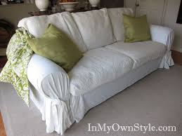 Diy Sofa Cover by How To Make No Sew Couch Slip Covers With Sheets Couch Slip