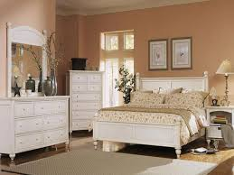 White Bedroom Furniture Design Ideas - Bedrooms with white furniture