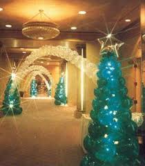 Decoration Christmas Frozen by Best 25 Frozen Christmas Tree Ideas On Pinterest Frozen