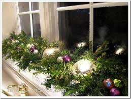 Outside Window Decorations For Christmas by Outside Window Christmas Decorating Ideas U2013 Day Dreaming And Decor
