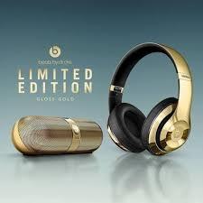 best black friday deals on beats studio wireless headphones buy beats by dr dre pill 2 0 portable speaker and beats studio