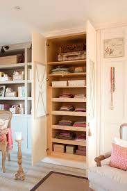 12 cosas que suceden cuando estas en armario segunda mano madrid ideas para espacios pequeños