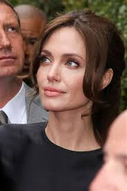 womens haircuts for strong jaw womens haircuts for strong jaw strong jawline women with regard