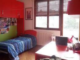 bed in a double and beautiful room for room for rent bologna