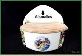boite cuisine vintage boite d allumettes murale en porcelaine et bois vintage boite de