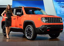 new jeep renegade black 2015 jeep renegade photos 2014 l a auto show scenes from the