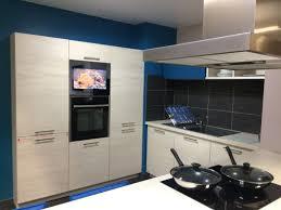 cuisine cristal television pour cuisine photos de conception de maison brafket com