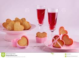 Romantic Table Settings Romantic Table Setting For Valentine U0027s Day With Cupcakes In The