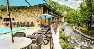 hotels river pigeon forge hotels with river views pigeonforge