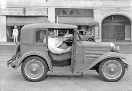 bantam roadster happy moore promotes the american austin in los angeles the old