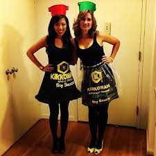 Twin Halloween Costumes 10 Twins Halloween Costumes Ideas Twin