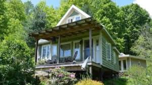 520 sq ft couple rightsize into diy 520 sq ft whimsical cottage