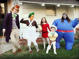 family costumes this family s costumes get better every year abc