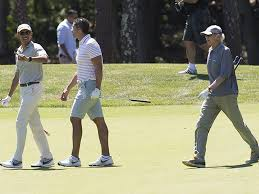 Vacation Obama Obama Golfs With Larry David During Martha U0027s Vineyard Vacation