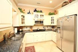 kitchen ceramic tile ideas country kitchen floor tile ideas sd0pb2y6bop1000000000