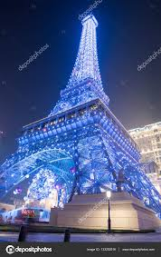eiffel tower christmas lights macau eiffel tower with light performance show on december 5 2016