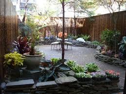 Landscaping Backyard Ideas Best 25 Small Backyard Design Ideas On Pinterest Backyard