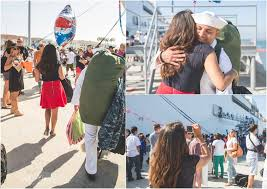 Photographer San Diego San Diego Military Homecoming Photographer Coronado Family