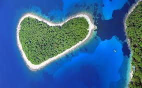 37 naturally heart shaped spots around the world travel leisure