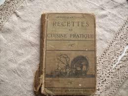 livre de cuisine ancien livres anciens de cuisine derrière les volets